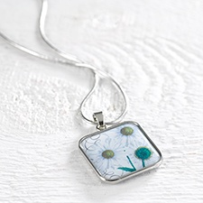 Birthday Flower Necklace - April